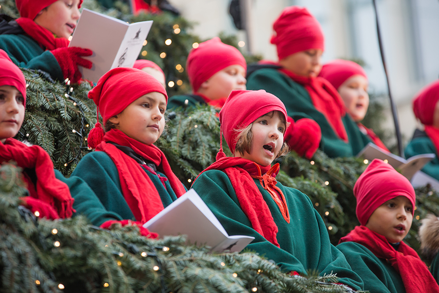 students sing christmas songs